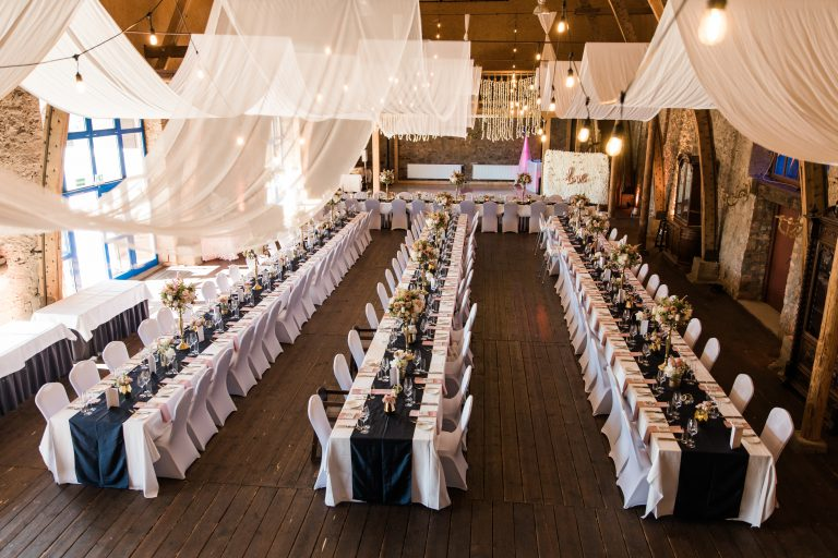 Foto der Hochzeitslocation Scheune Schlosshotel Weyberhöfe