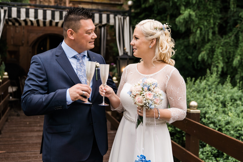 Schlosshochzeit Brautpaar Stammheim