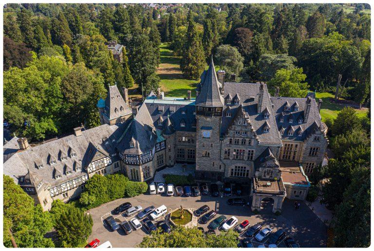 Schlosshotel Kronberg Drohnenaufnahme